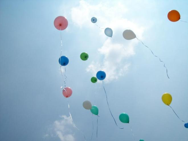 a-balloons-floating